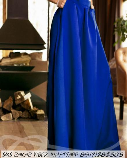 Длинная юбка с карманами цвет синий электрик